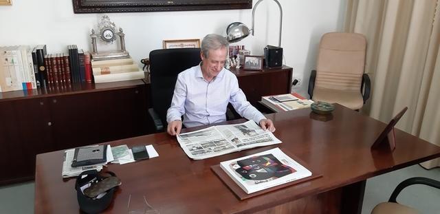 El Presidente del Fomento de Turismo de Mallorca, Eduardo Gamero, en su despacho