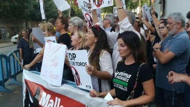 Imagen de la manifestación de los animalistas (Foto: Twitter AnimaNaturalis)
