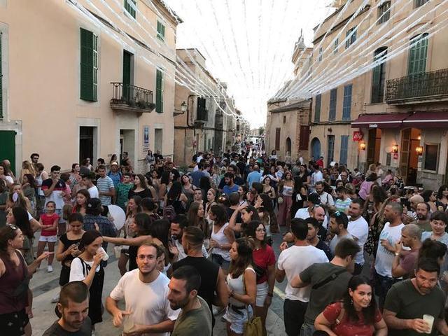 Imagen del Tardeo llevado a cabo el pasado jueves (Foto: Facebook ses Salines)