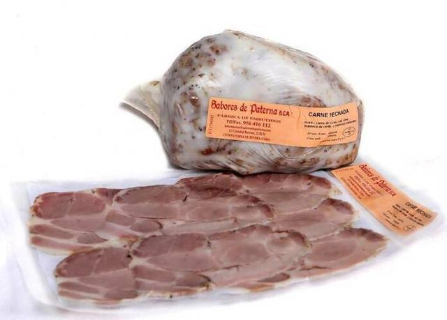 Sabores de Paterna comercializa productos cárnicos
