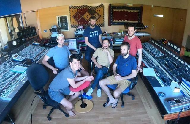 El grupo Manel ultimando el álbum 'Per la bona gent' (Foto: @GrupManel)