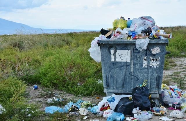 En verano se triplica la generación de residuos en Baleares (Foto: Archivo)