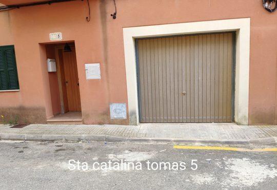 Las líneas amarilla impagadas o pintadas de forma irregular deberán ser borradas en un plazo de 5 días. Foto: Policía Local.