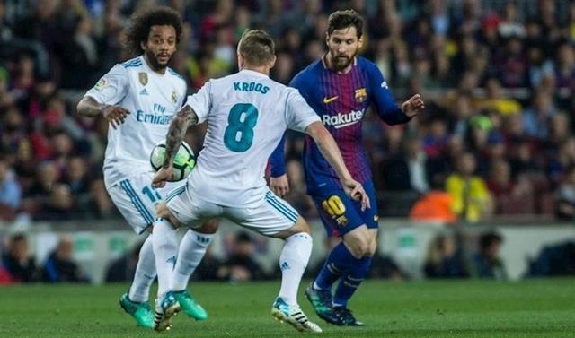 Marcelo, Kroos y Messi durante un lance del Clásico de la pasada temporada