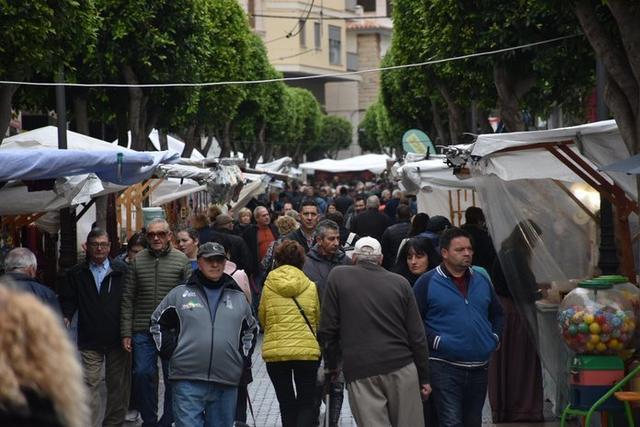 Miles de visitantes no se han querido perder la oportunidad de pasear por las calles de Inca y disfrutar de la feria (Foto: Ajuntament d'Inca)