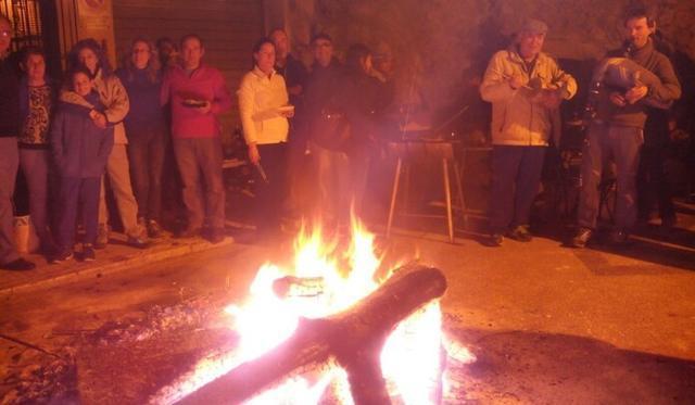 Bunyola celebra las tradicionales hogueras coincidiendo con la festividad de Santa Catalina (Foto: Es Castellet)