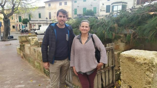 El alcalde y la regidora en el municipio (Foto: Mallorca Confidencial)