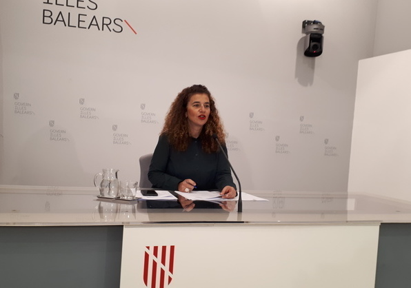 La portavoz del Govern, Pilar Costa, en la rueda de prensa tras el Consell de Govern (Foto: CAIB)