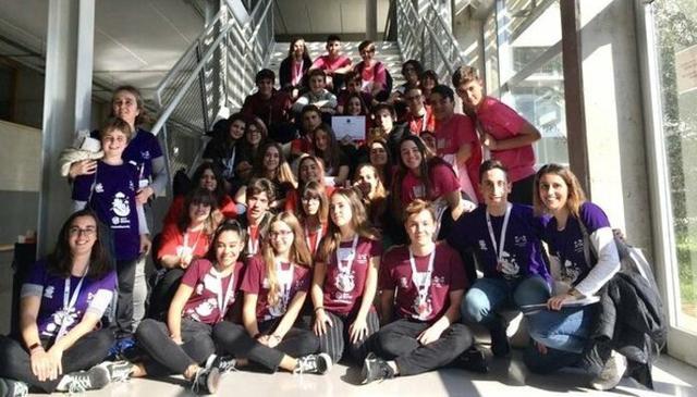 El equipo 'Robosapiens' del colegio Sant Pere, en Palma, gana la 'FIRST LEGO League 2020'